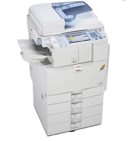 Multifuncional Laser Color Ricoh Aficio MP C2051